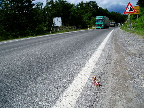 Hitchhiking to Bosnia near Prijeboj, Croatia